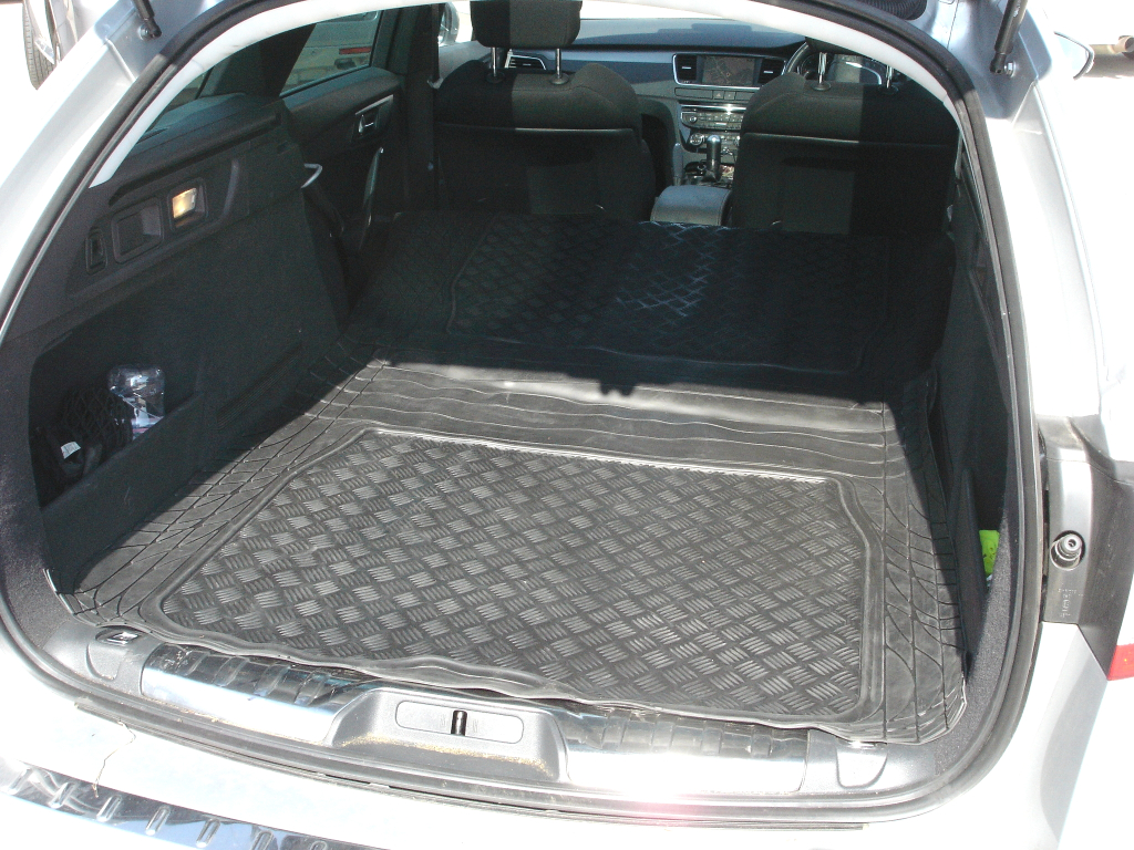 peugeot 508 sw estate caoutchouc housse coffre tapis de coffre protection chien ebay. Black Bedroom Furniture Sets. Home Design Ideas
