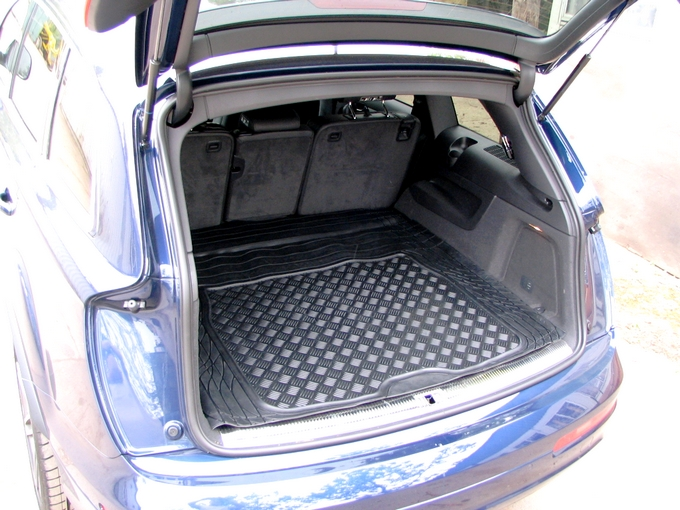 Complexion Automotive Rubber Boot Mat Liner Audi Q7 06 On