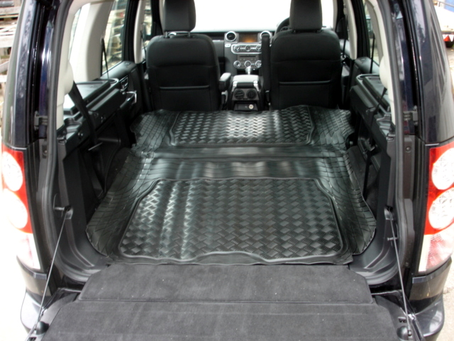 Land Rover Discovery 4 Tailored Anti Slip Rubber Boot