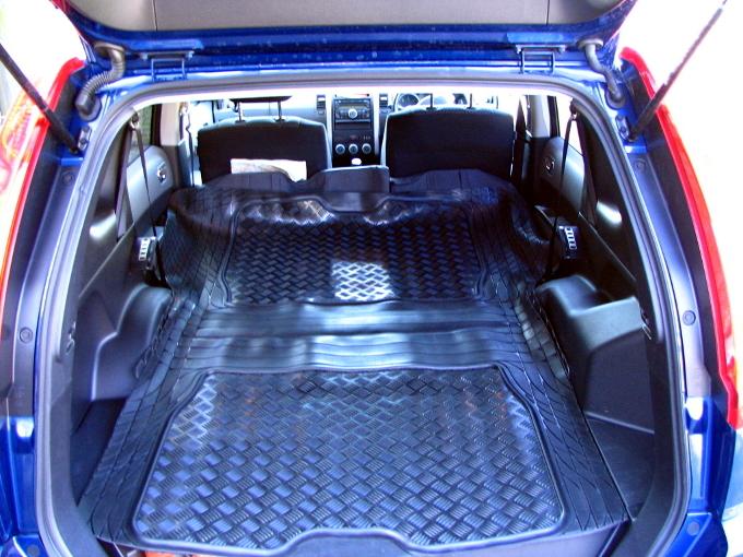 nissan x trail t31 07 13 tough anti slip rubber boot liner. Black Bedroom Furniture Sets. Home Design Ideas
