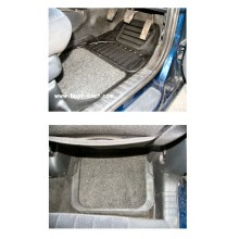 Chrysler PT Cruiser Rubber Floor Mats (4)
