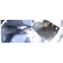 Mitsubishi L200 Warrior 2006 on Rubber Floor Mats (5)